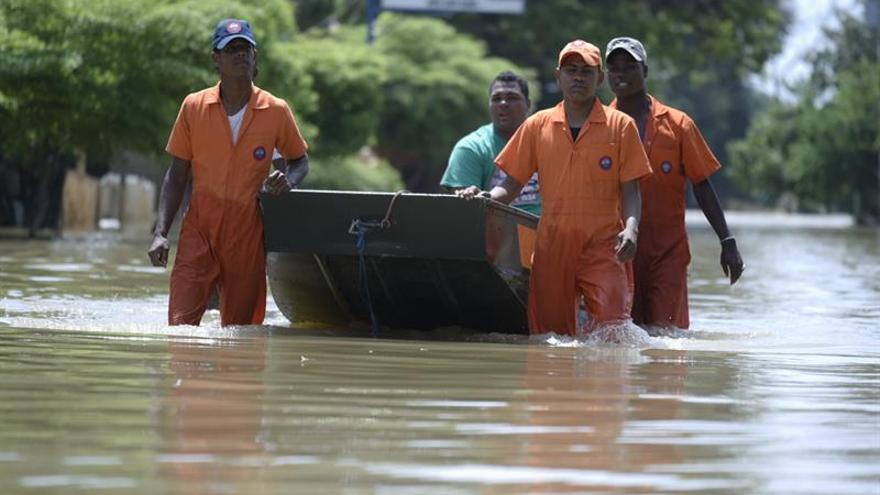Las lluvias siguen causando estragos en Rep. Dominicana tras el paso de María