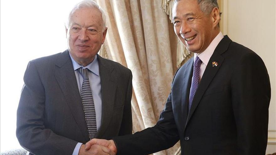 Margallo habla con el primer ministro de Singapur sobre terrorismo yihadista