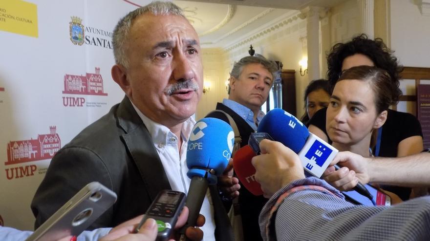 """Álvarez (UGT) tacha de """"desvergüenza absoluta"""" que el FMI pida limitar el alza de las pensiones"""