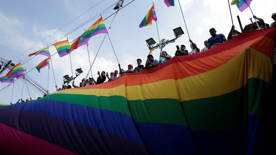 La comunidad LGTBI marcha en El Salvador y exige ley de identidad de género