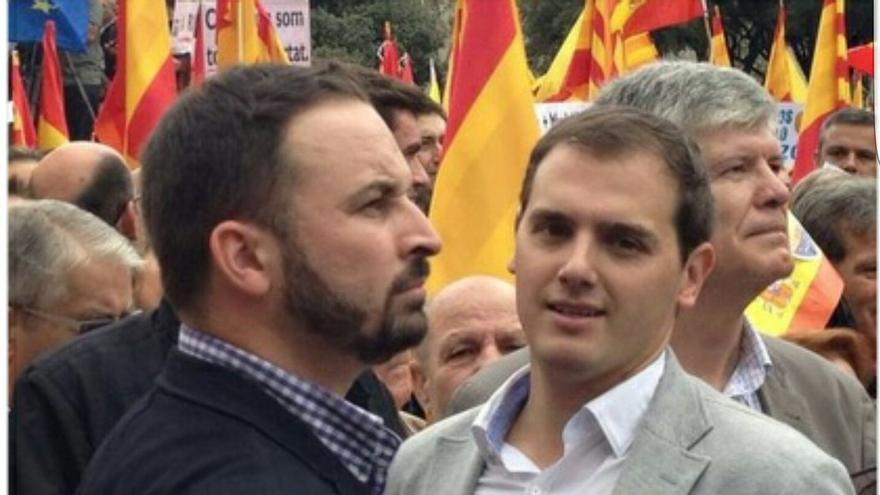 Santiago Abascal y Albert en una imagen de Twitter, en 2012