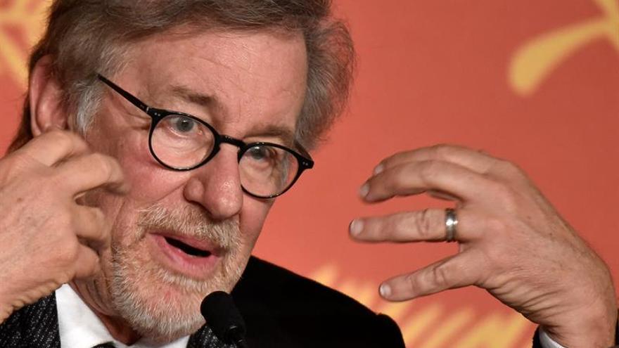Spielberg y Stephen Hawking colaboran en un proyecto artístico para niños