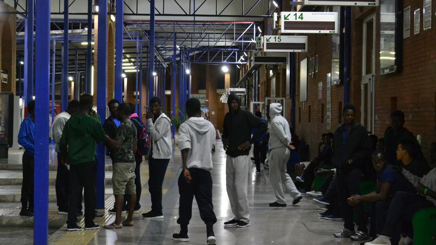 Interior de la estación de autobuses de Málaga, el martes por la noche | N.C.
