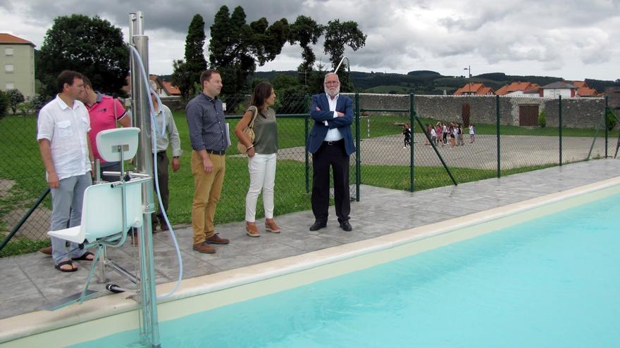 El Gobierno cántabro reabre la piscina del albergue juvenil de Solórzano
