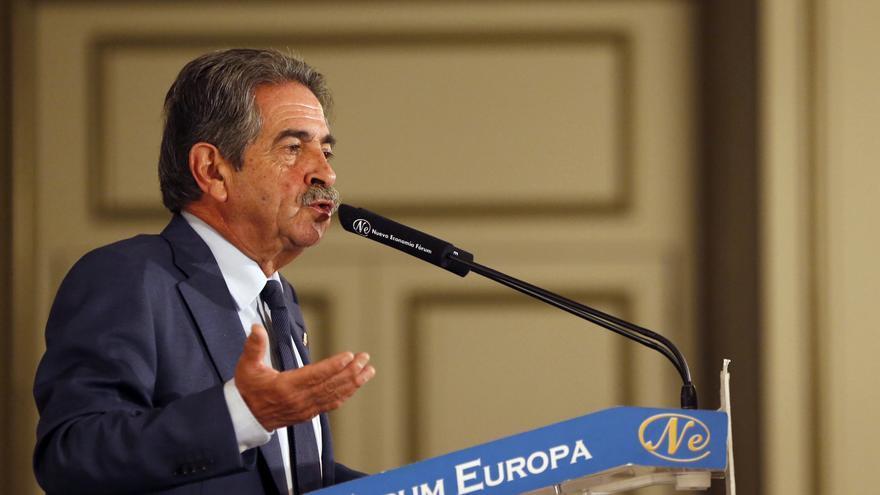 Miguel Ángel Revilla durante su intervención en el Fórum Europa. | LARA REVILLA