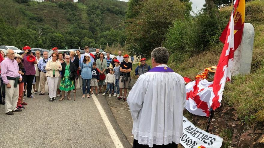 Homenaje en Leitza (Navarra) al primer requeté navarro muerto en 1936