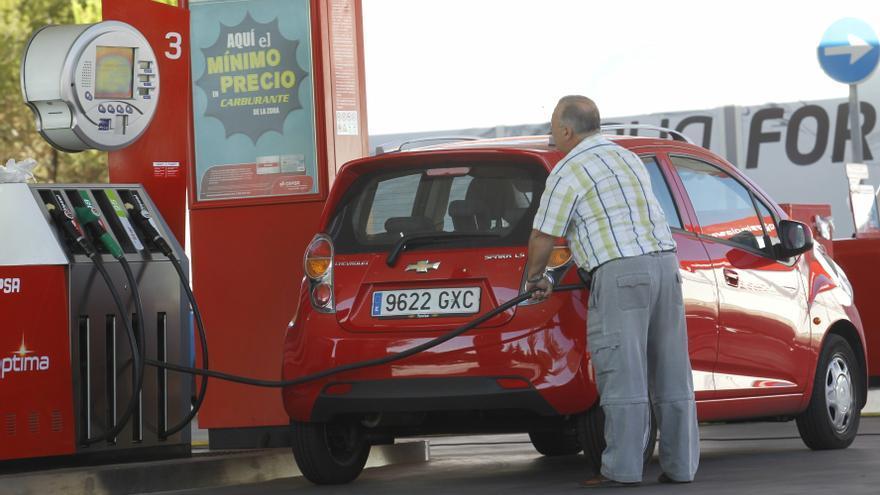 La subida de los carburantes dispara cinco décimas el IPC en agosto, hasta el 2,7%