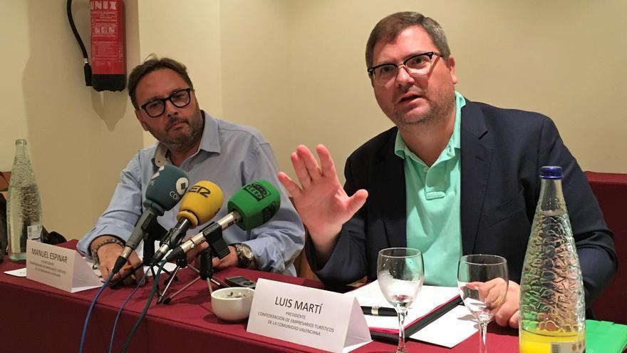 Manuel Espinar y Luis Martí, representantes de la Confederación de Empresarios Turísticos de la Comunitat Valenciana