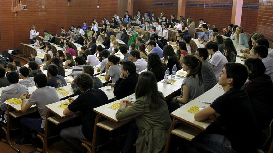 España, a la cola de OCDE en alumnos excelentes en las tres materias básicas