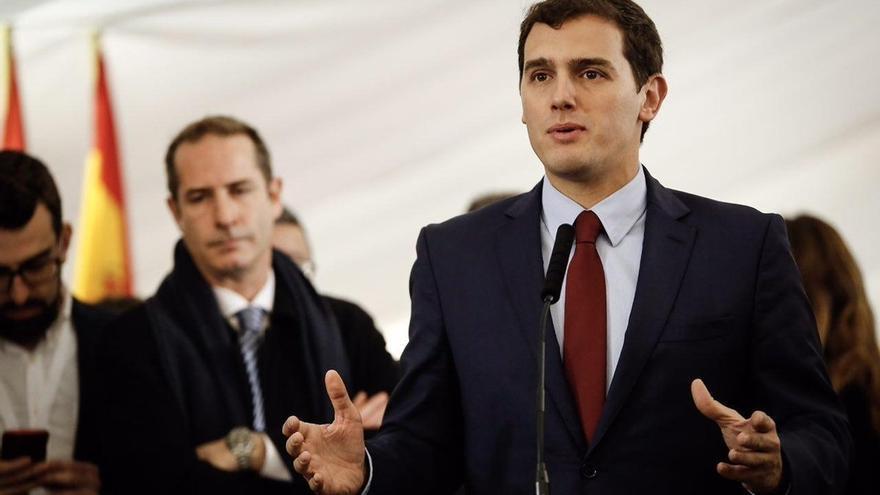 Rivera pide buscar el consenso para modernizar la Constitución sin romper la igualdad entre todos los españoles