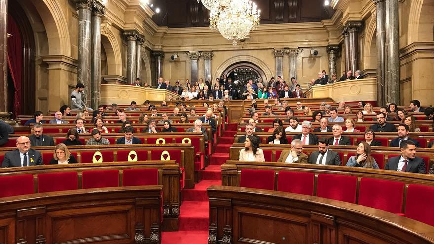 Los letrados señalan que el Parlamento catalán puede validar decretos del 155 sin que deba comparecer el Gobierno