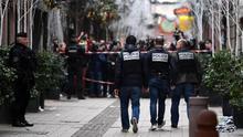 Francia sigue buscando al autor del tiroteo que dejó dos muertos y 13 heridos en un mercado navideño de Estrasburgo