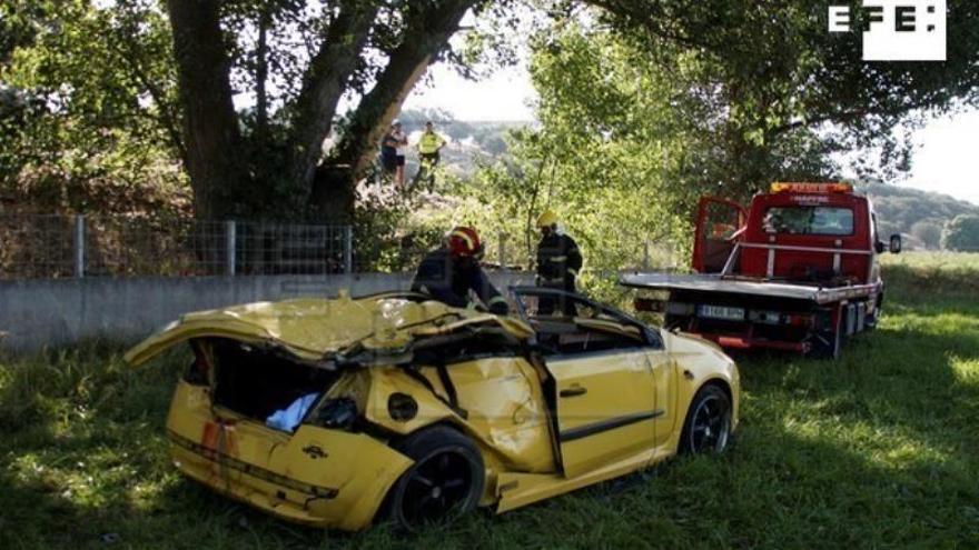 El fin de semana se salda con 19 muertos en la carretera tras un domingo trágico