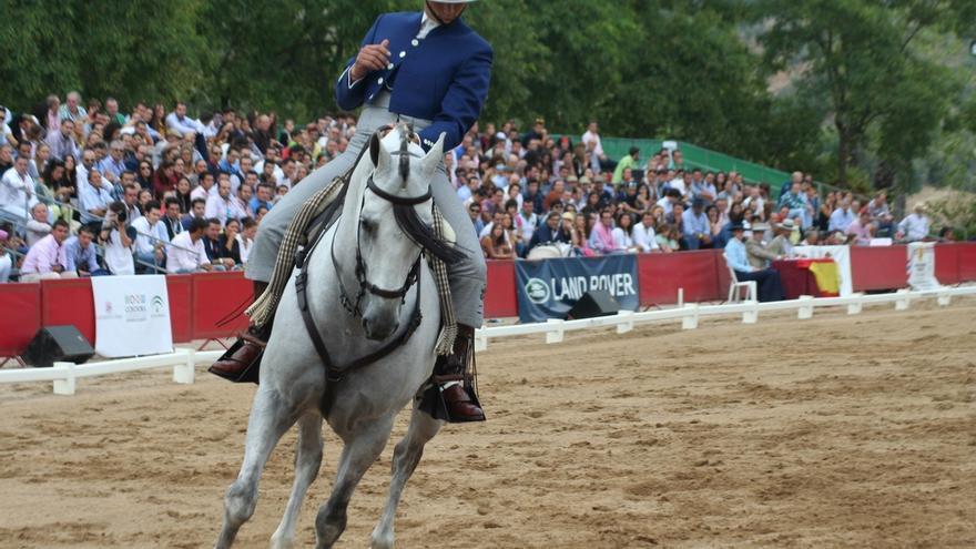 Más de 4.000 personas disfrutan del Salón Internacional del Caballo y el Campo