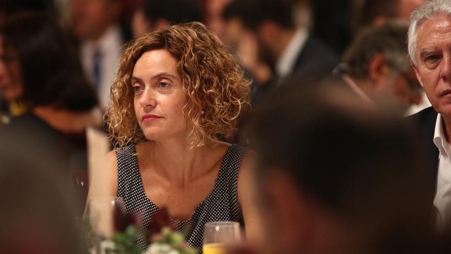 """Batet (PSC) acusa a los independentistas catalanes de """"degradar"""" la democracia y de poner """"en jaque"""" el Parlament"""