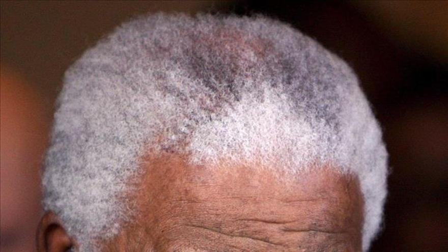 La película de Mandela llena los cines el día de su estreno en Sudáfrica