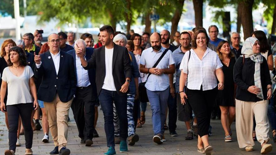 Los ediles de Badalona alegan que el Consistorio no abrió al público el 12-O