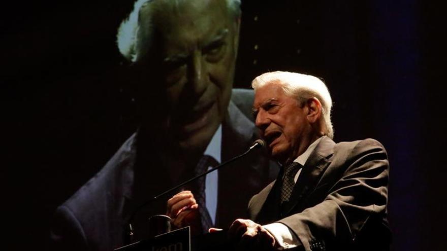 R.Dominicana premiará a Vargas Llosa en reconocimiento a su obra literaria