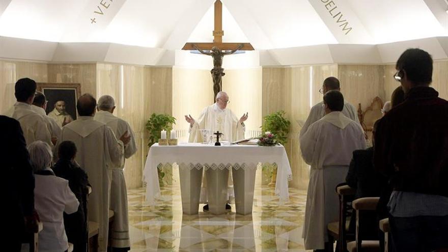El papa está preocupado por las tensiones en Corea y las pruebas nucleares