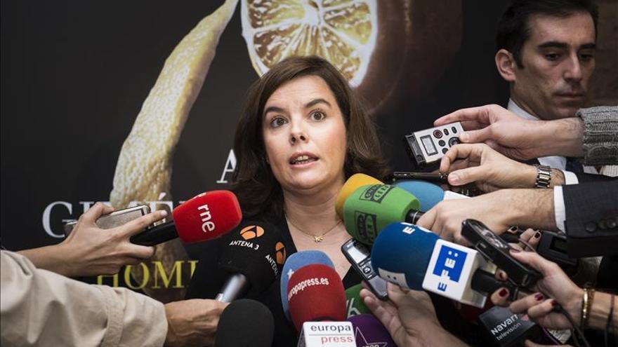 """Sáenz de Santamaría: """"Se han atropellado derechos de diputados del Parlament"""""""