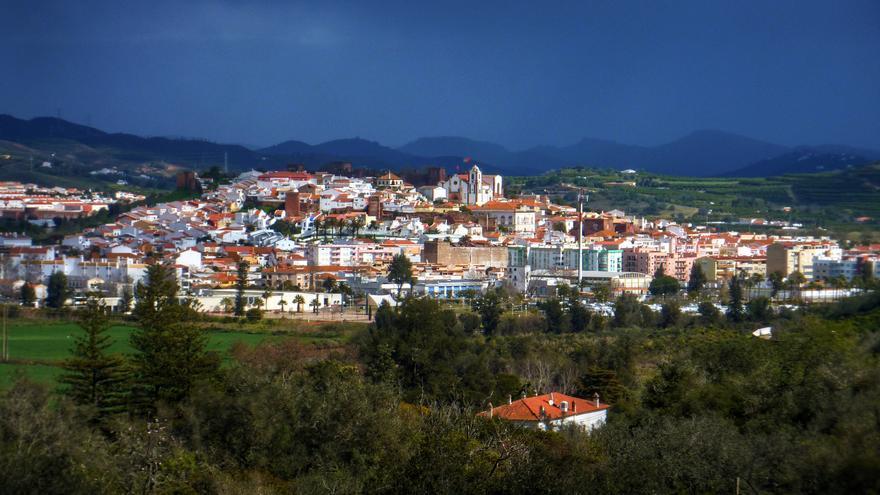 La ciudad de Silves se aúpa a uyna pequeña colina a pocos kilómetros de la costa del Algarve. Muffin
