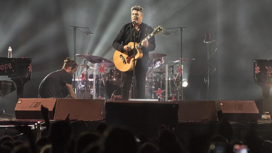 Casi 8.000 personas disfrutan el concierto de Alejandro Sanz en Santander