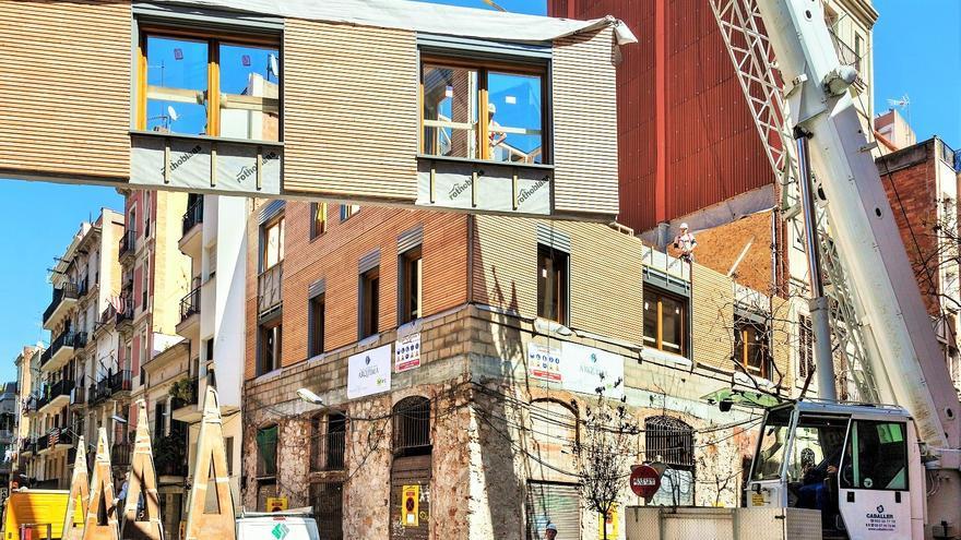 casas ucsanasud de madera para promover el turismo responsable en barcelona