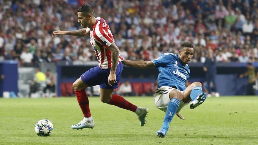 Vitolo vuelve tras dejar atrás una lesión de dos semanas.