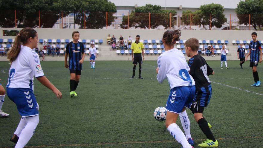 Imagen del encuentro Eférico-Tenerife B Infantil Fundación del pasado octubre.