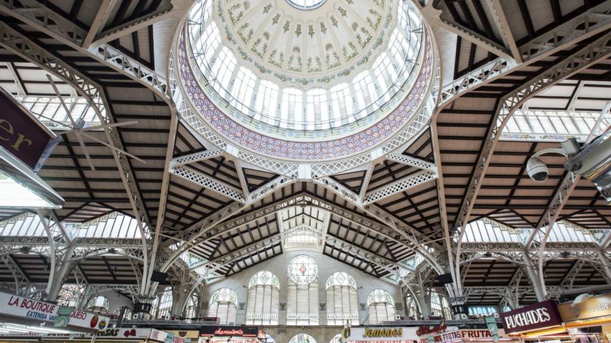 Vista del techo del Mercado Central de Valencia