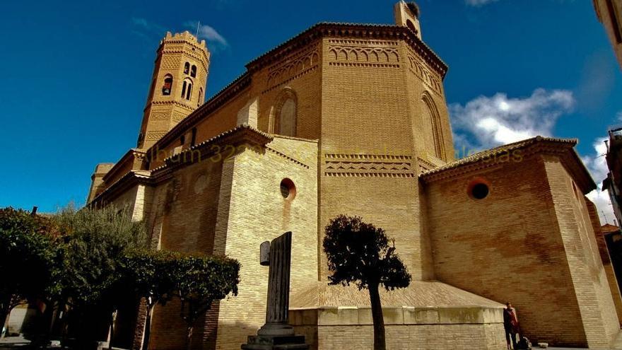 Ábside y torre mudéjar de Santa María, en Tauste. Catedrales e Iglesias.