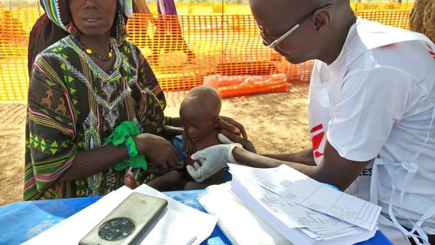 Imagen tomada en 2019 de la zona rural de Dessa, en la región de Tillabéry (Níger), donde MSF atendió a más de 1.280 personas desplazadas, víctimas de la doble violencia: conflictos comunitarios por un lado y la amenaza de grupos armados considerados yihadistas por el otro