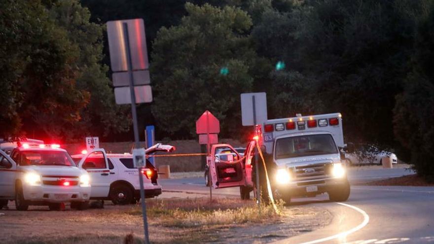 Cuatro muertos y 15 heridos en un tiroteo en un festival en California (EEUU)