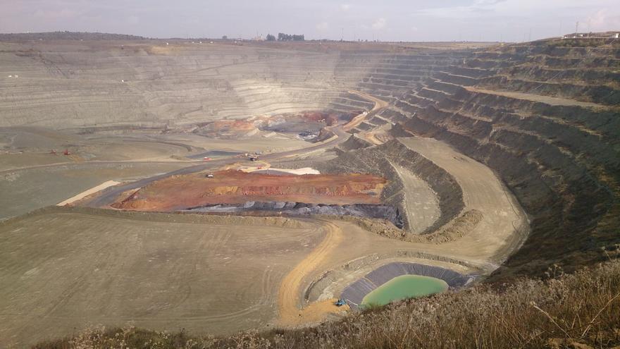"""Cobre Las Cruces confía en lograr los permisos para su nuevo proyecto minero y en la """"agilización"""" del trámite"""