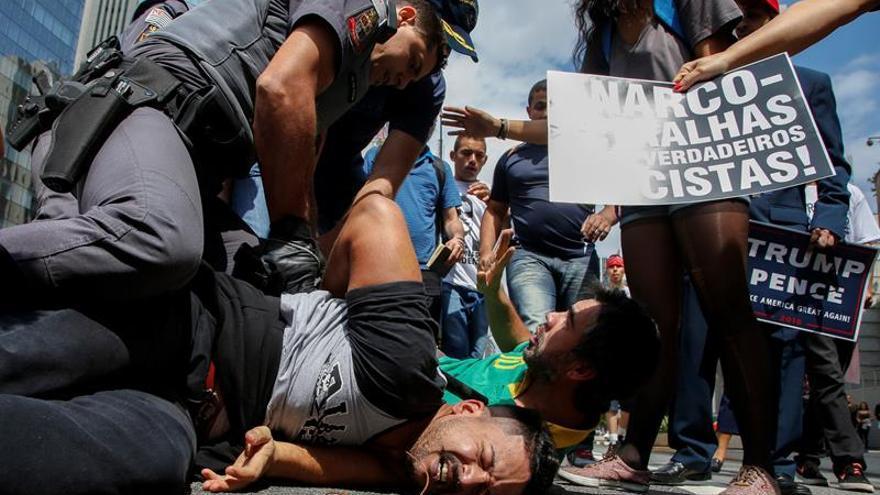 El 70 % de los brasileños cree que la policía se excede en métodos violentos