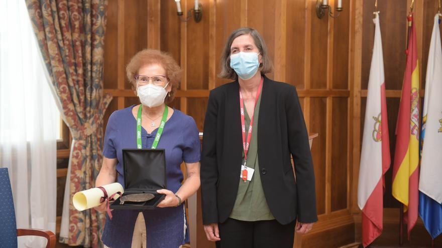 La viróloga e investigadora científica Margarita del Val recibe la Medalla de Honor a los Valores Sociales de la UIMP.