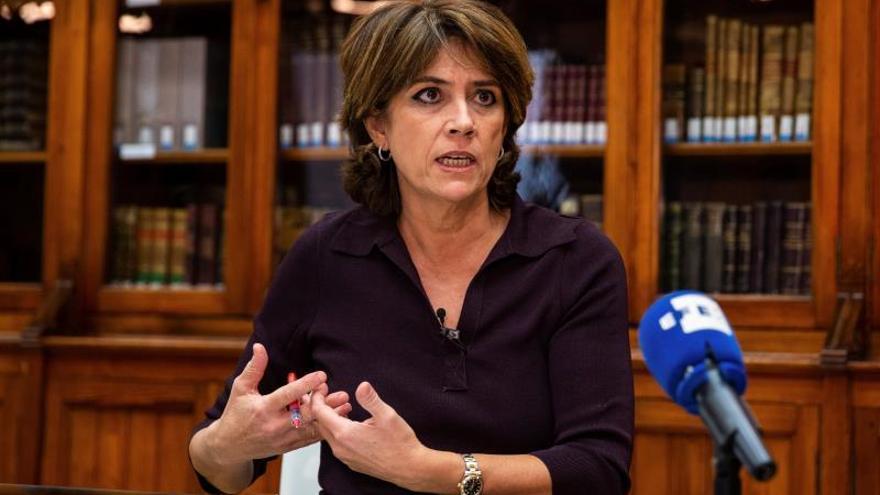 Delgado apuesta por castigar la apología del franquismo en el Código Penal