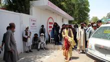Aumentan a 23 los muertos en el ataque a un mercado de ganado en Afganistán