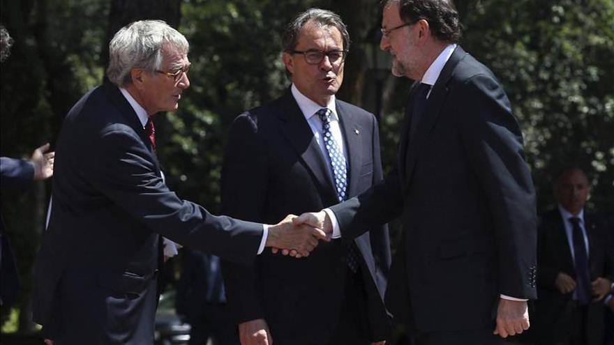 Rajoy agradece la apuesta por España del sector del automóvil y anuncia el PIVE 8