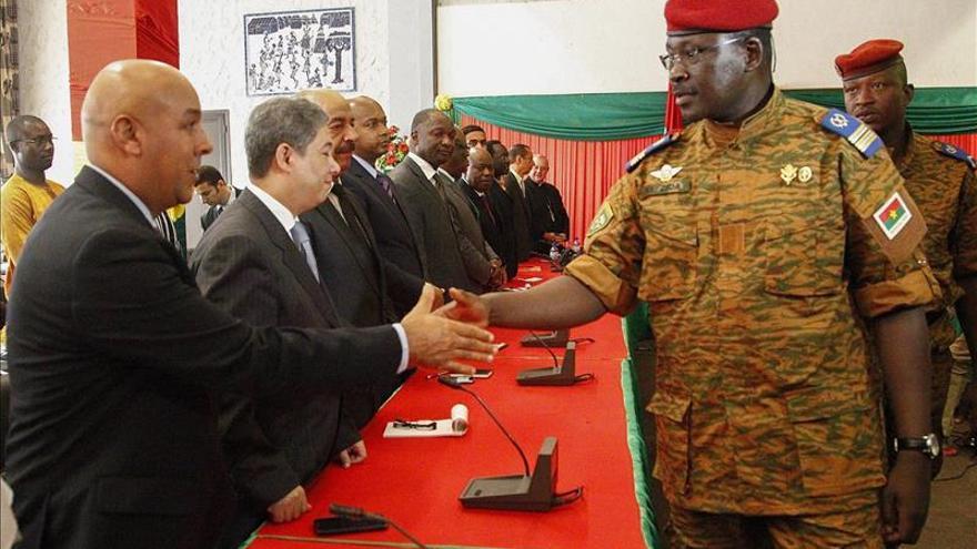EE.UU. evita llamar golpe de Estado al ascenso del Ejército en Burkina Faso