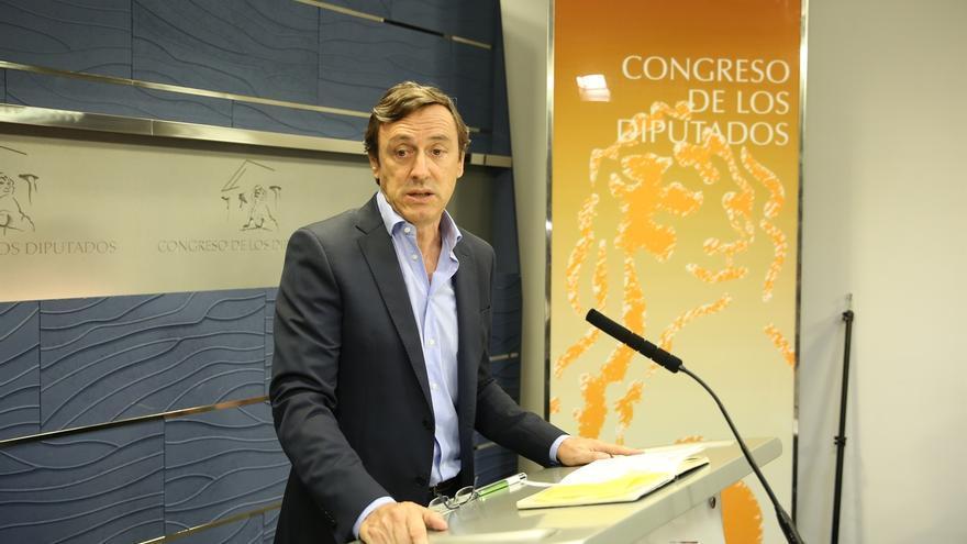 El PP espera que el PSOE resuelva el sábado sus problemas y ponga fin a un bloqueo político que ya tiene coste económico