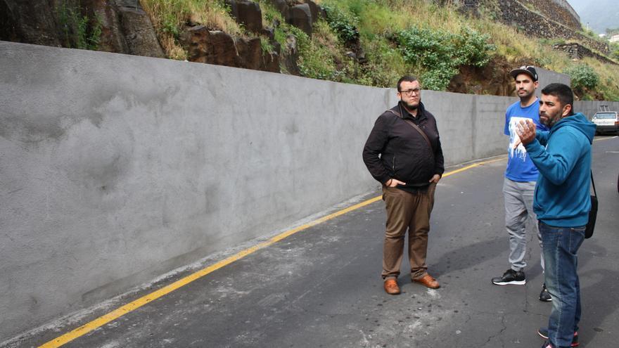 La obra, en un muro de 200 metros de longitud en la calle Vega Monroy (en la imagen), hará referencia al pasado al pasado agrícola de la zona.