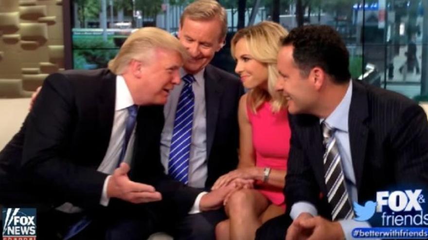 La propia familia de Trump y figuras de la Fox acaparan la escueta lista de 43 personas a las que el presidente sigue en Twitter