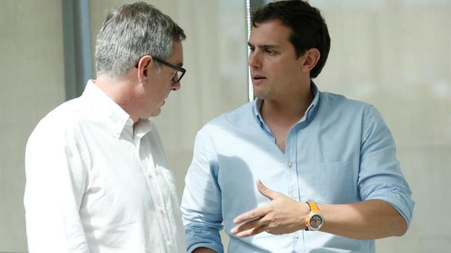Rivera: Rajoy no puede comprometerse a más recortes al estar pendiente el 26J