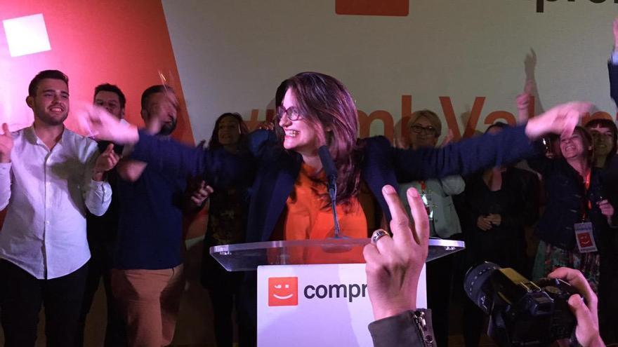 Mónica Oltra celebrando el histórico resultado de Compromís./ @Compromís