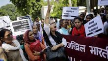 Más de 30 niñas indias terminaron en el hospital por defenderse del acoso de un grupo de niños
