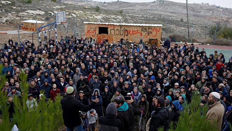 Los colonos de Amoná aceptan la propuesta de Netanyahu para el traslado voluntario