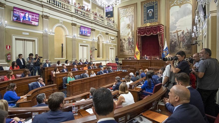 Constitución de la X Legislatura en el Parlamento de Canarias