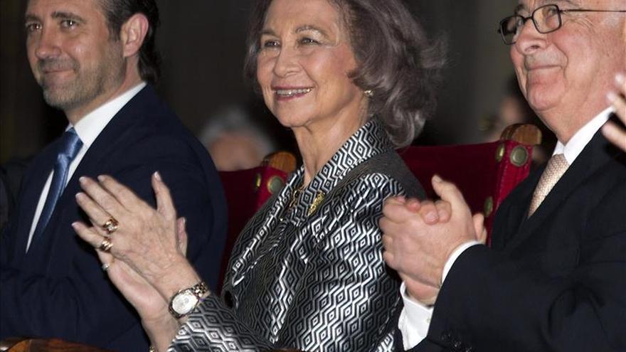 La Reina Sofía asiste en la catedral de Mallorca al concierto benéfico