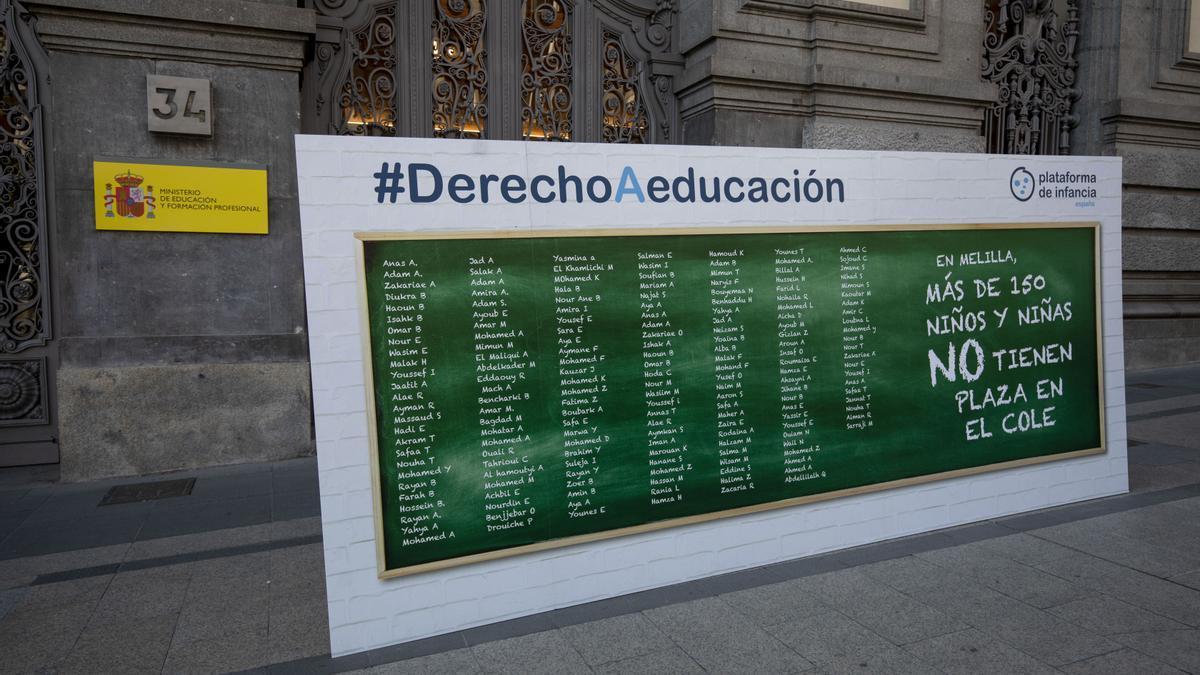 Acto de denuncia este jueves de la situación de más de cien menores en Melilla.